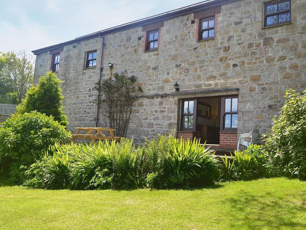 2 Bedroom Property In Helston And The Lizar Homeaway