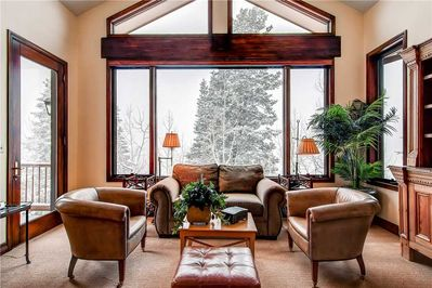 Warm and welcoming living room stunning views - Park City Lodging-Little Belle 8