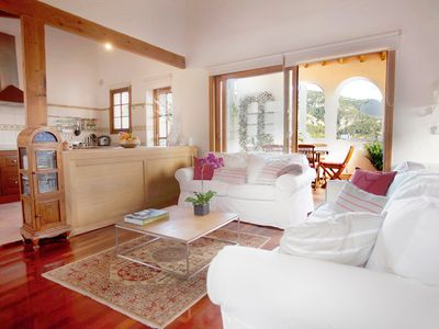 Photo for Cosy Townhouse in the heart of Andratx with mountain views