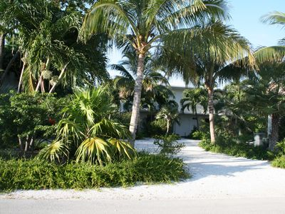 Rum And Coconuts - Coastal Living Boater's Paradise