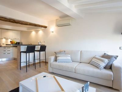 Photo for Studio cannes close to the Palais des Festivals and beaches