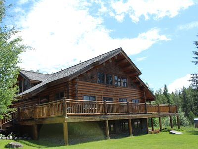Photo for 1 Bedroom Lodge Rental, Sleep 4, 2 Minutes From West Glacier