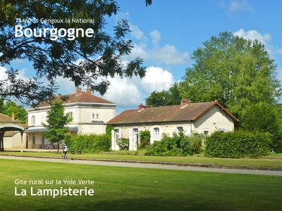 Photo for Station house on the Green Way Cluny – Chalon-sur-Saône – La Lampisterie