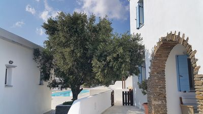 Photo for ARKE'S Cycladic house near the beach