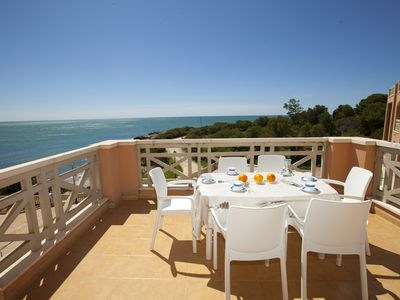 Photo for Apartment with views and WIFFI, direct access to cala. Natural Place.