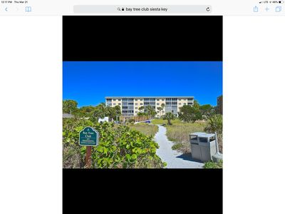 Photo for Beautiful 1st floor walk out on Siesta Key!
