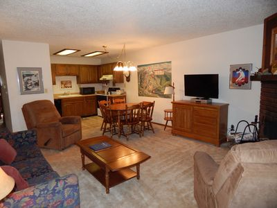 Fraser rental with mt views, access to outdoor pool/hot tub priced for families