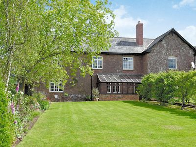 Photo for 3 bedroom accommodation in West Bagborough