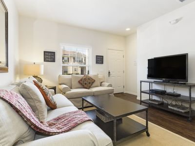 Photo for 3 Bedrooms/ 2 Bathrooms Lucaya (15-102)