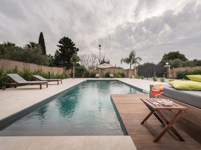 Photo for Villa Emanuela, just a few minutes from the beach of Santa Maria del Focallo