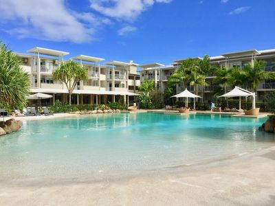 Photo for BEACHFRONT LUXURY RESORT APARTMENT
