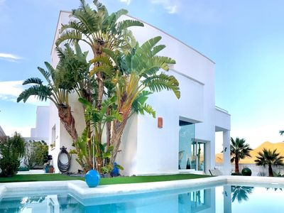 Photo for Villa Blanca Views & Pool