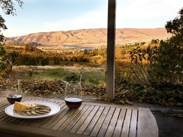 Pines 1852 Winery, The Dalles, OR, USA