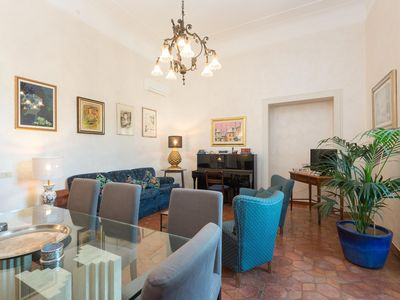 Photo for Trastevere Large Comfortable Panoramic Apartment