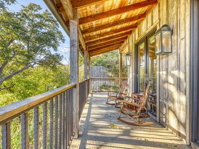 Photo for Beautiful cabin w/reclaimed wood details, private hot tub!