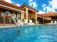 House is outstanding. Pool area outstanding Martin the host is very responsive. You will need a