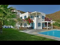 Great villa, great location near the best beach in Naxos, everything our family needed