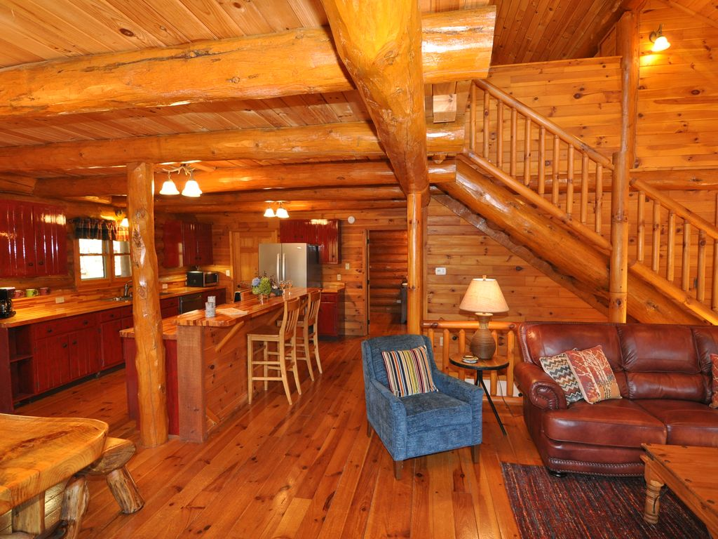 3 bedroom real log cabin pool table minutes from fishing for 8 bedroom cabins in north carolina