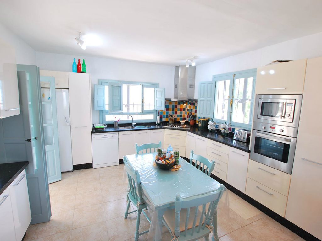 A slice of paradise in Bedar: A slice of paradise with pool,orchards ...