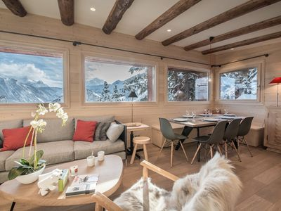 Photo for Charming 8 pers cottage in the heart of Courchevel