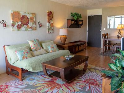 Photo for Family-Friendly High Floor 2BD Condo with Views Parking and WiFi