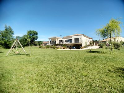 Photo for IN A QUIET HAMLET, BEAUTIFUL VIEW TO 5MM ST CHINIAN AND CESSENON