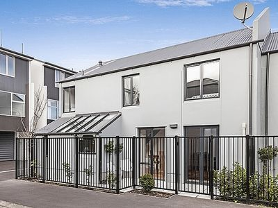 Photo for 3BR Townhome Vacation Rental in Christchurch, Canterbury