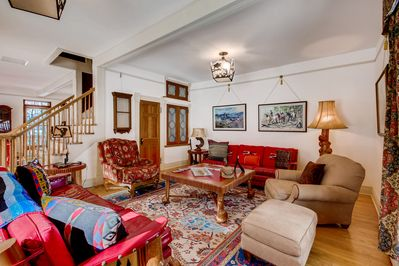 Living Room - Welcome to Vail!