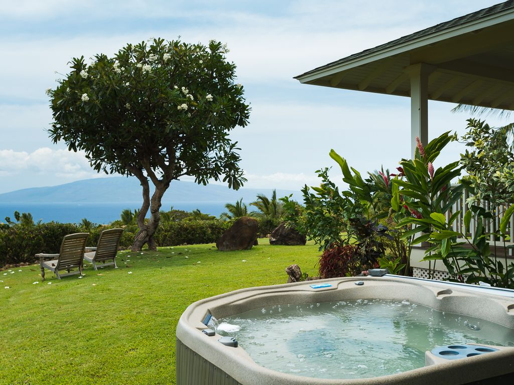 master bedroom suite in private home homeaway lahaina