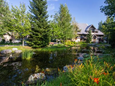 Photo for *NEW LISTING* Warm & Inviting 2 Bed, 2 Bath, Private Hot Tub, Walk to Village