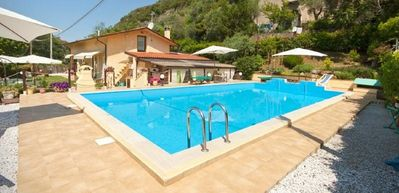 Photo for Single house with pool 2km from Pietrasanta 10 minutes from the sea