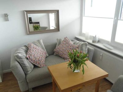 Photo for 1 room apartment with large balcony - Dünenhof to the Crown Prince beach, 1min
