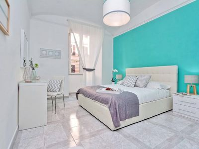 Photo for Bright Central Large apartment