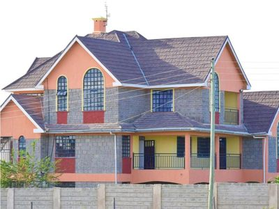 Photo for Affordable 3 bedroom Ensuite fully furnished home in a gated secure community
