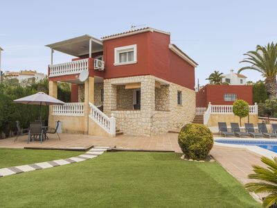 Photo for Villa or detached house with private pool and barbecue