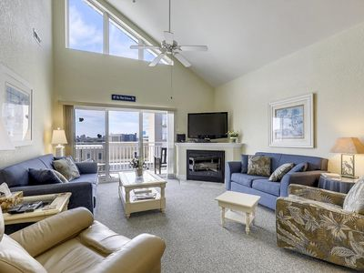 Photo for Gorgeous Bayside Condo w/ Outdoor Pool & Pier!
