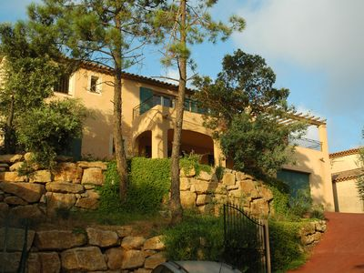 Photo for Recent seafront Provencal villa, very sunny with pool