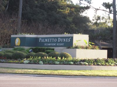 As you enter Palmetto Dunes Oceanfront Resort from the main highway...