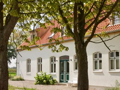 Photo for Spacious country house near the Baltic Sea with large garden, stove and sauna for 10 adults and 2 children (20 percent weekly discount on request)