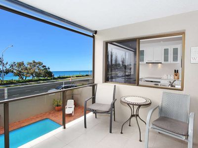 Photo for 1 Bedroom Apartment right on Alexandra Beach