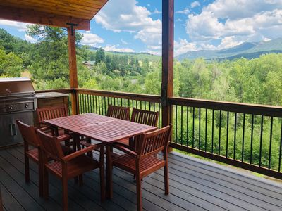 Fabulous Views of Mountains & River from Balcony