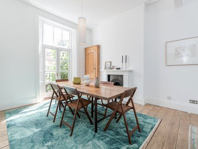 Photo for Designer Apartment Duplex in Notting Hill