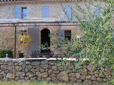 Photo for Farmhouse with tradition, Provençal accommodation of the Luberon area