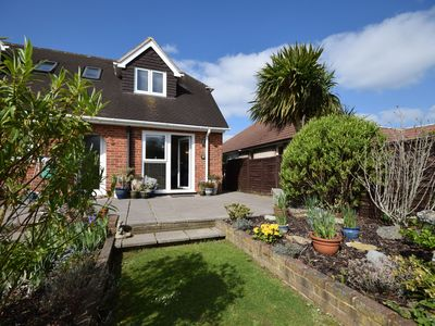 Photo for The Little House, Felpham -  an annexe that sleeps 2 guests  in 1 bedroom
