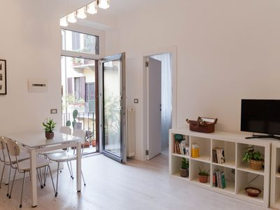 Photo for Bezzecca House - charming 'old Milan' central apartment
