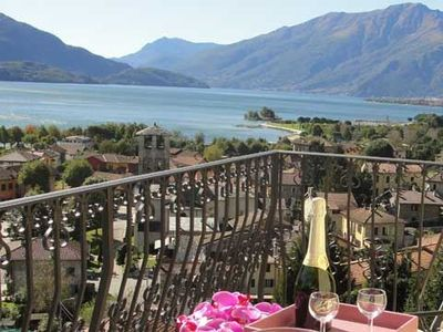 Photo for Apartment Casa Rondine at Villa I Runchet with balcony and with fantastic view of the lake