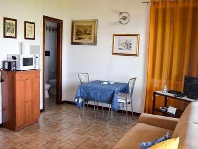 Photo for Apartment Roccolo Miralago in Laveno - 2 persons, 1 bedrooms