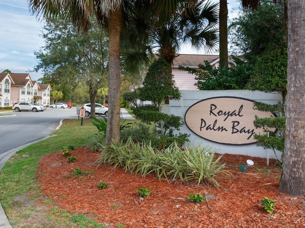 Crib for sale in palm bay - Sign To The Entry Of Royal Palm Bay The Entrance Is Right Off Of Poinciana Blvd