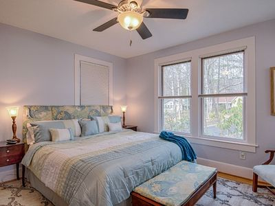 Photo for Lakeview On Siler - 4 BR / 3.5 BA beautifully renovated property will have you coming back again & a