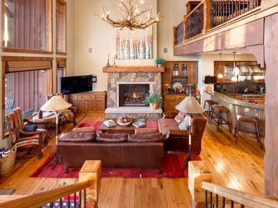 Photo for Large, luxury getaway w/ a private hot tub, shared pool, & fitness room